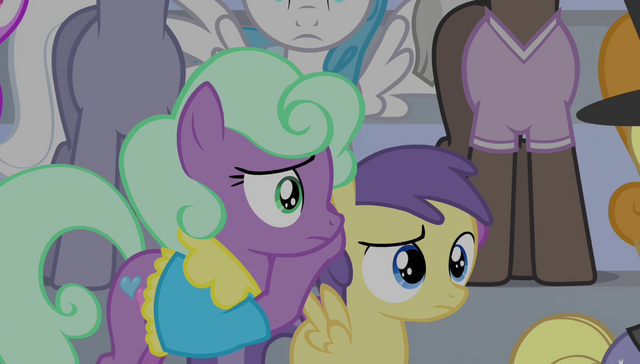 File:Earth pony mare covers Princess Erroria's ears S4E24.png