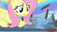 Fluttershy picking up a cloud casing S6E11