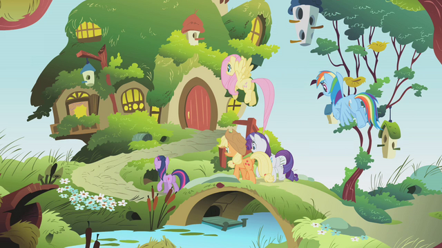File:Back at Fluttershy's cottage S01E10.png