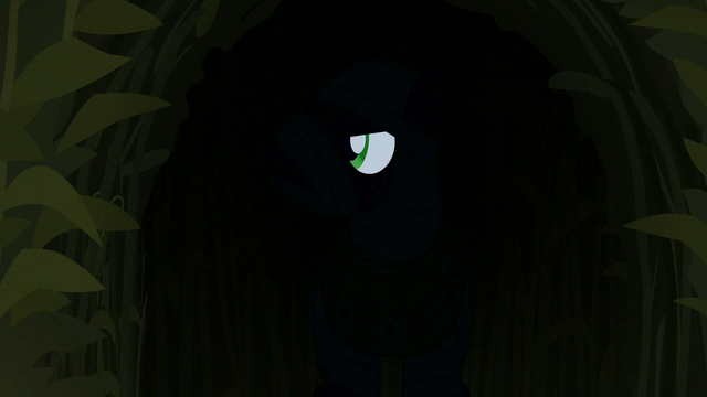 File:Big Mac spies on ponies from the shadows S5E21.png