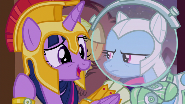 "File:Twilight ""it's a scary tea party"" S5E21.png"