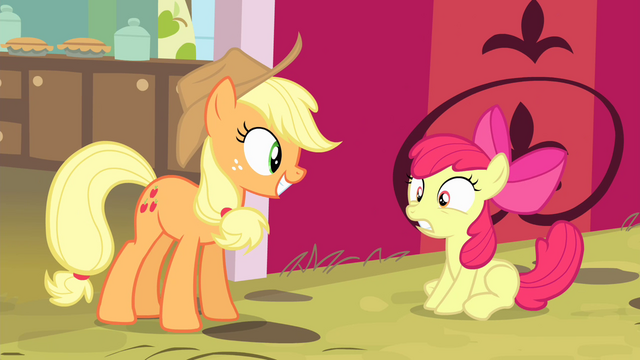 File:Applejack smiling S4E17.png