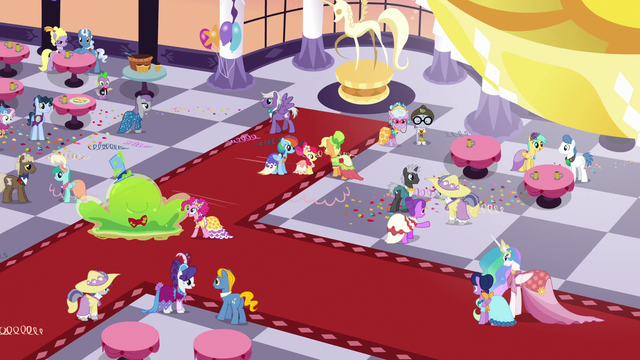 File:Grand Galloping Gala penultimate shot S5E7.png