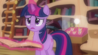"Twilight ""doesn't make any sense"" S03E13"