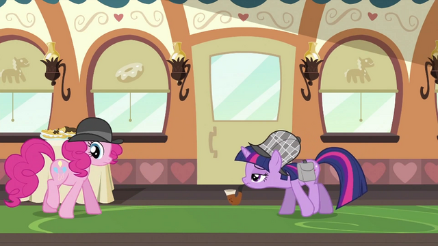 File:Twilight watching Pinkie S2E24.png