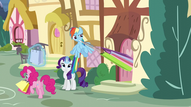 File:Rarity, Rainbow, and Pinkie shopping S5E3.png