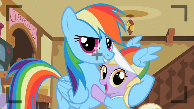 File:Rainbow Dash with Dinky S2E08.png