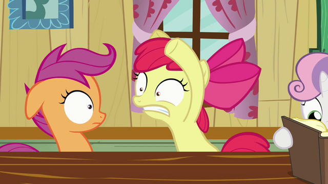 File:Apple Bloom Scaring Scootaloo S2E17.png