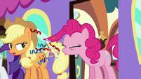 Pinkie Pie sneezing confetti S2E25