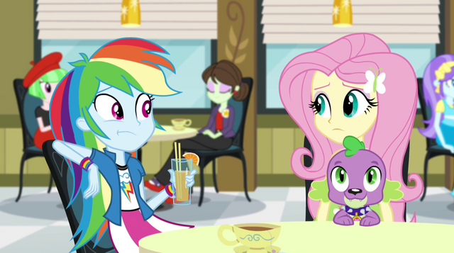 File:Rainbow Dash looking toward Fluttershy EG2.png