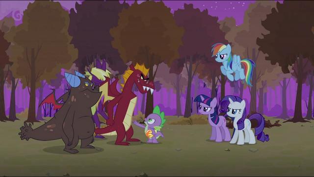 Plik:Spike telling the dragons S2E21.png
