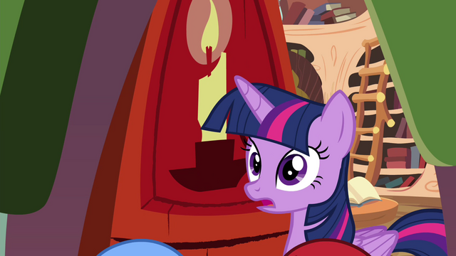 File:Twilight looking surprised S4E15.png