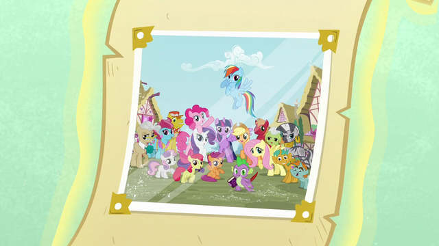 File:Photograph with Ponyville citizens S5 opening.png