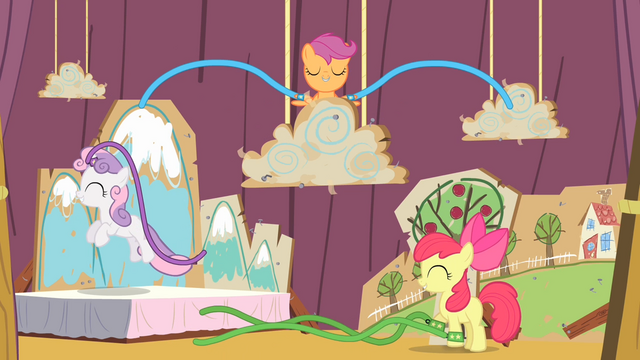 File:Cutie Mark Crusaders performance S04E05.png