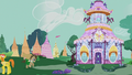 Dr. Hooves running to the Carousel Boutique S5E9.png