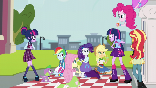 File:Twilight Meets Sci-Twi EG3.png
