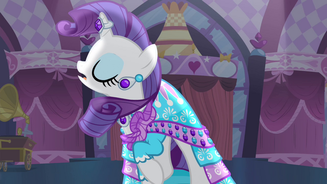 File:Rarity 'Small!' S4E13.png