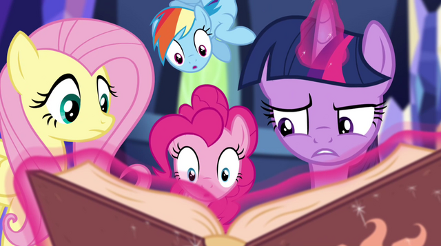 "File:Twilight ""a message to Princess Celestia"" EG2.png"