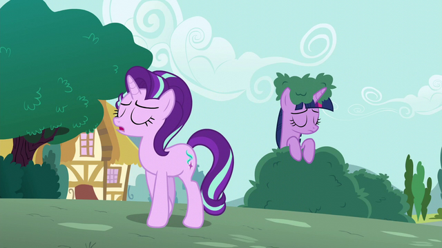 File:Starlight walking away from Twilight S6E6.png