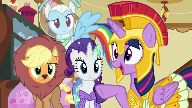 "File:Twilight ""you were the one doing the scaring!"" S5E21.png"