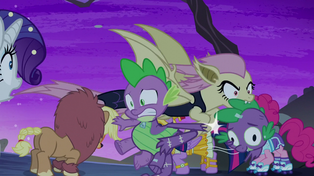 File:Flutterbat rips Spike's costume head S5E21.png