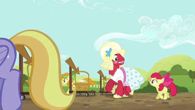 File:Orchard Blossom getting antsy S5E17.png