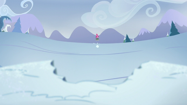 File:Pinkie slides back S5E11.png