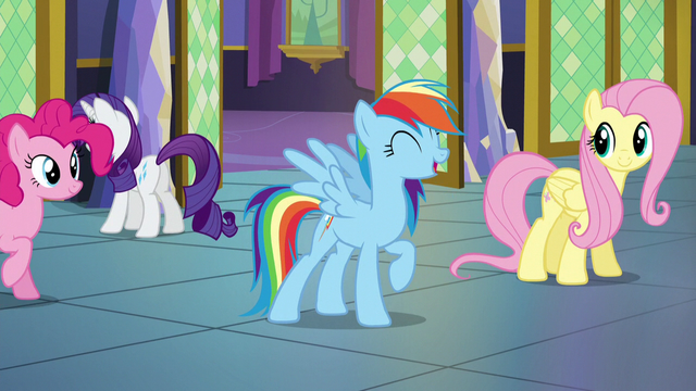 """File:Rainbow Dash singing """"let's all work together"""" S5E3.png"""