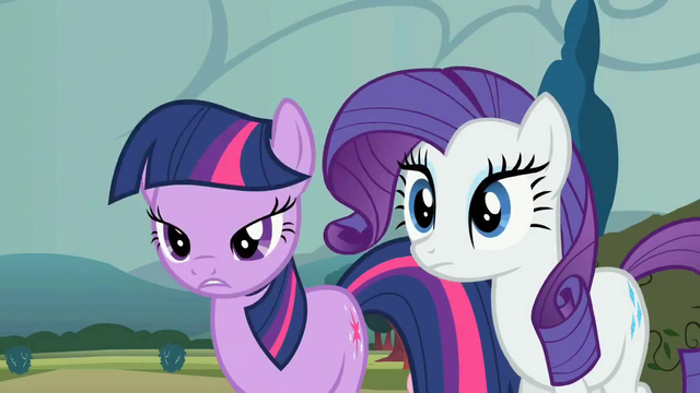 File:Twilight and Rarity losing horns S2E1.png