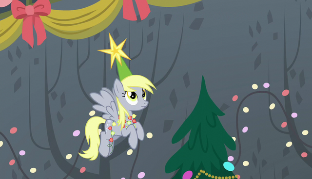 File:Derpy wearing a star-topped hat S6E8.png