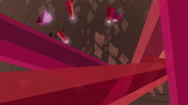 File:Garble struck by crystal spire S6E5.png