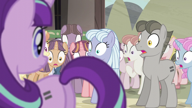 File:Villagers in complete shock S5E2.png