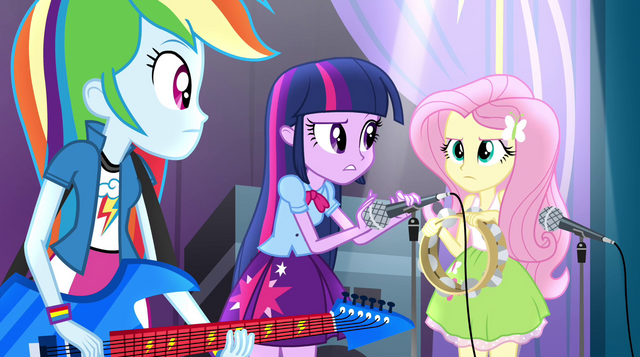 File:Twilight instructing her friends how to play EG2.png