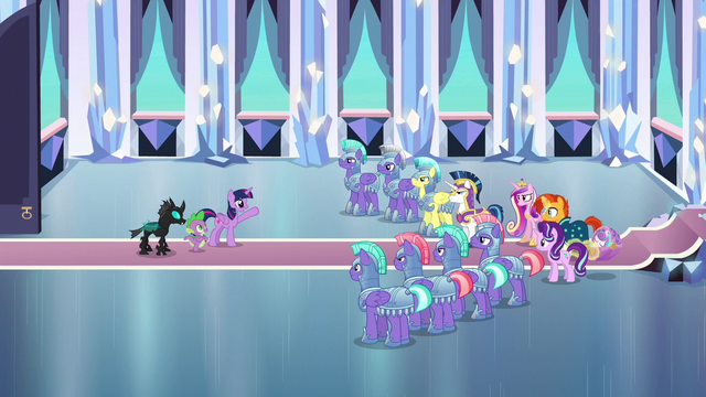 File:Twilight Sparkle addresses the other ponies S6E16.png