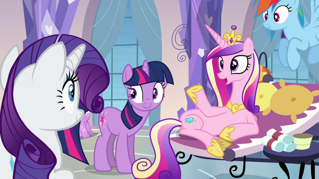 File:Rarity volunteers S03E12.png