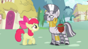 Apple Bloom apologizing to Zecora S2E06