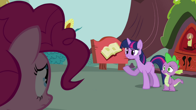 File:Twilight 'Excuse me' S3E03.png