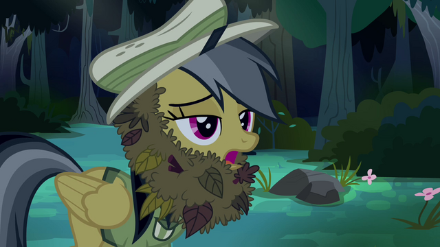 File:Daring Do in leafy disguise S4E04.png