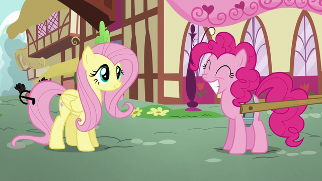 File:Pinkie Pie squees while grinning S5E19.png