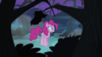 Pinkie Pie walking alone S4E07