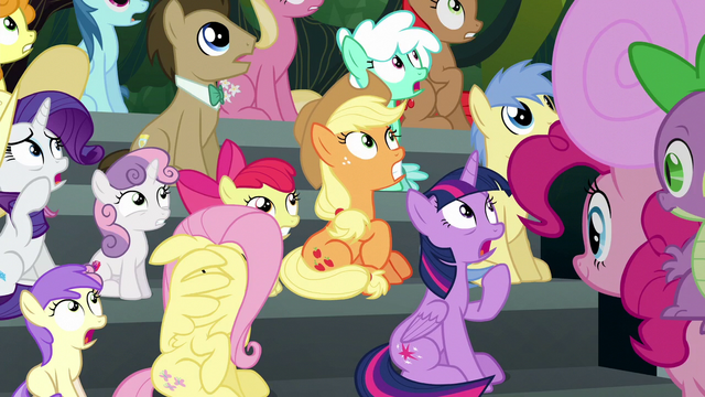File:Ponies watching Rainbow Dash in fear S6E7.png