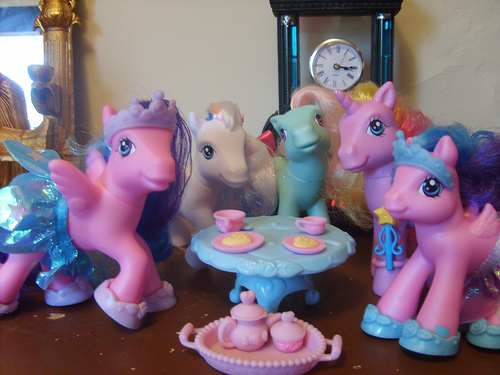 File:Tea party pony toys.jpg