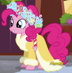 Spirit of Hearth's Warming Presents ID S6E8.png