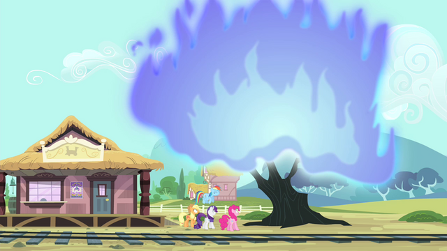 File:Tree in flames S4E11.png