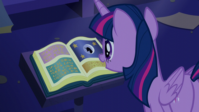 "File:Twilight and the book ""Predictions and Prophecies"" S5E12.png"