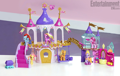 File:Crystal Empire Princess Coronation Set.jpg