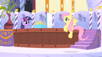 Fluttershy arrives at spa S1E20