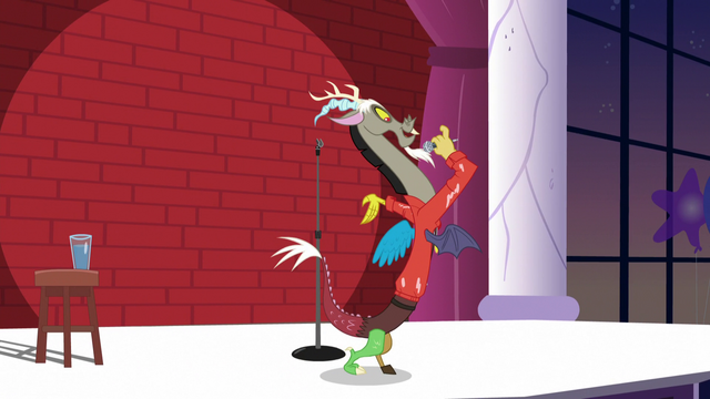 "File:Discord ""only got these tiny mismatched wings"" S5E7.png"