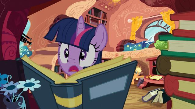 File:Applejack startles Twilight S03E09.png