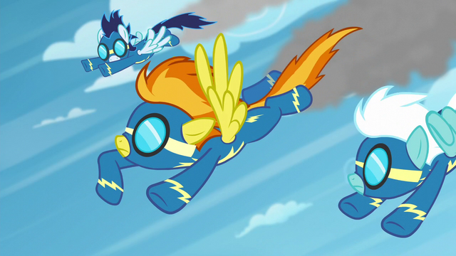 File:Spitfire signaling Soarin and Fleetfoot S6E7.png